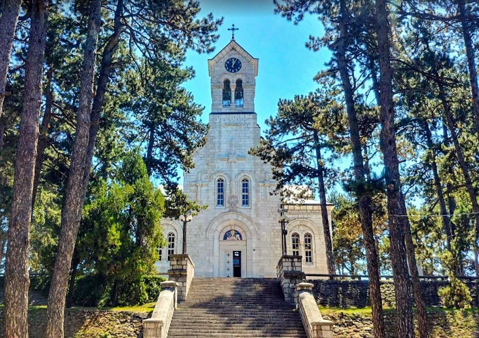 Како је подигнут Храм Св. Василија Острошког у Никшићу