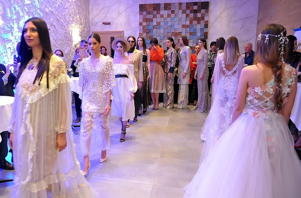 У Луштица Беју отворена 25. Црногорска недјеља моде